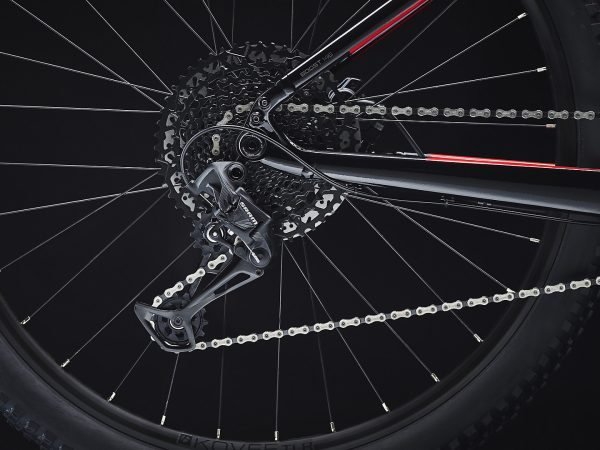 bicicleta-trek-Powerfly5-roja-6